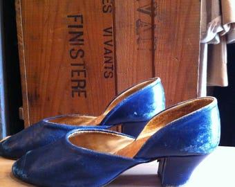 1910 1920 Blue Shoes