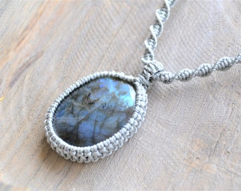 Labradorite  Stone Necklace / Labradorite Macramé Necklace / Labradorite Macrame Choker /  Macramedamare /