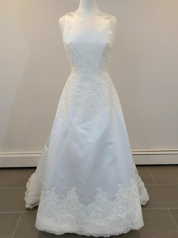 A Truly romantic wedding dress by Carmela Sutera