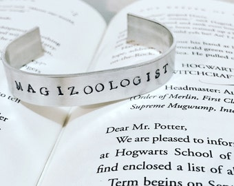 HARRY POTTER Fantastic Beasts Inspired MAGIZOOLIGIST silver cuff Bracelet