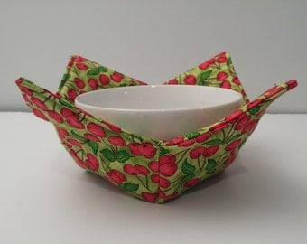 Bowl of Cherries, Microwave Bowl Cozy, Bowl Holder, Bowl Warmer, Hot or Cold, All Cotton, Stacked Bowls, Red and Green