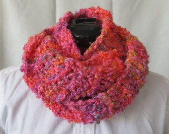 Hot Pink Orange Drop Stitch Knit Infinity Scarf / Bright Multi color Loose Knit Circle Scarf / Ribbed Soft Heavy Weight Scarf / Chunky Knit