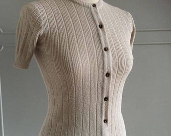 Vintage 1970s does 40s Beige knit short sleeve sweater - size XS