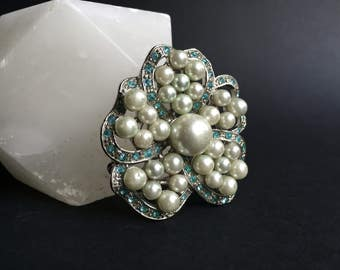 Vintage 1960s Blue Rhinestone and Faux Pearl Flower Brooch Pin