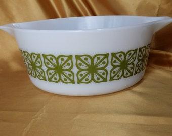 1960's Vintage Pyrex Square Flowers Verde Round Casserole 2 1/2 Quart 2.5 QT Bowl *eb