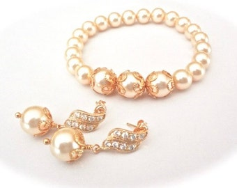 Gold pearl bracelet and earring set ~ Brides pearl jewelry set ~ Elegant ~ Gold wedding jewelry set ~ Bridesmaids pearl set ~ LACEY~