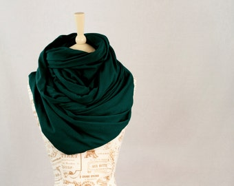 Large Infinity Scarf, Chunky Scarf, Green Scarf, Hooded Scarf, Oversized Scarf, Circle Scarf, Winter Scarf, Green Womens Gift for Her