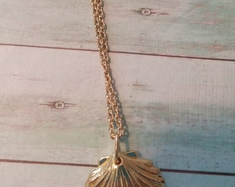 Gold Seashell Necklace. Minimal. Beach Wedding. Ocean Inspired. Gift for Her.