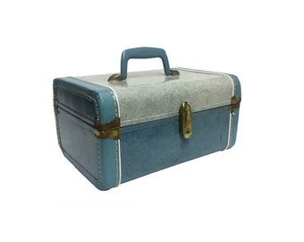 Vintage Train Case - Vintage Blue Luggage, 1950's Suitcase, Carry On, Mid Century Modern, Vanity Pinup Case, Vacation Travel Case Retro