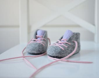 Baby Girl Booties - Natural Gray - Merino booties - Baby crib shoes - Pink - Lavender - laced up booties - Newborn Booties - Baby Shower