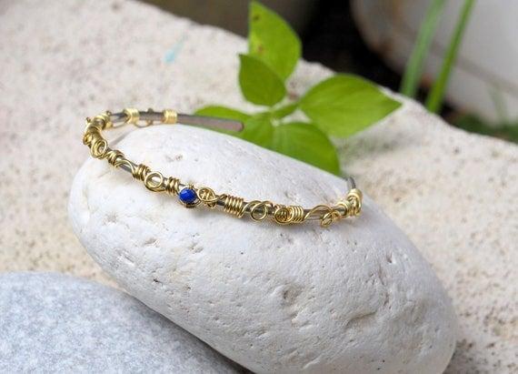 Minimal Wire bangle bracelet