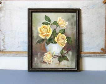 Vintage floral oil painting, shabby chic style rose painting, oil on canvas. shabby chic style, cottage chic decor