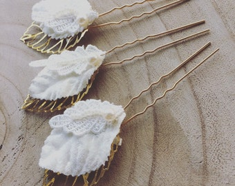 Patti Leaf Beaded Hairpins in Ivory and Gold
