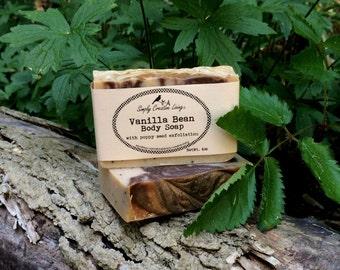 Vanilla Bean Body Soap with Poppy Seed Exfoliation