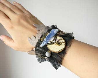 Steampunk leather and tulle cuff wide bracelet Fabric cuff Armband with raw kyanite crystal and wood Arm cuff Steampunk jewelry Wrist cuff