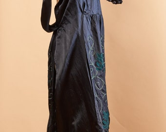 1920s blue silk embroidered silk dress Large