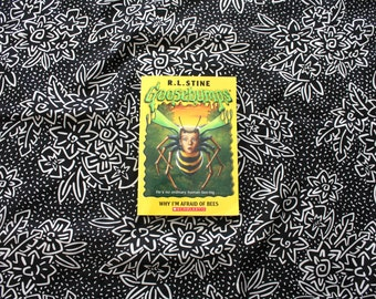 a summary of why i am afraid of bees by rl stine The book i am reviewing name is goosebumps the gary is afraid of beeshis 9-year-old goosebumps is better than fear street stine just has the.