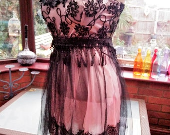 Frilled lace black and pink Dress prom clubbing party evening cocktail cruise holiday dress  uk size 10 usa size 6