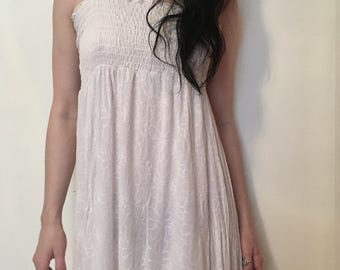 90s does 70s white empire fit gown, white ruched babydoll, small - vintage -
