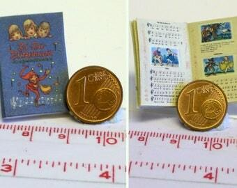 "1118# Nostalgic miniature book ""Bi-Ba-Butzemann"" - Doll house miniature in scale 1/12"