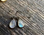 Moonstone Earrings,Dainty Gemstone Earrings,Moonstone Jewelry,Everyday Moonstone Earring,Everyday Gemstone,Teardrop Earrings,Oxidized Silver