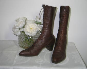 Antique Boots / Victorian Edwardian Boots/ Womans Brown Leather High Top Lace Up Shoes Boots EXCEPTIONAL