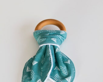Natural Wood Teething Ring | Teal with White Arrow