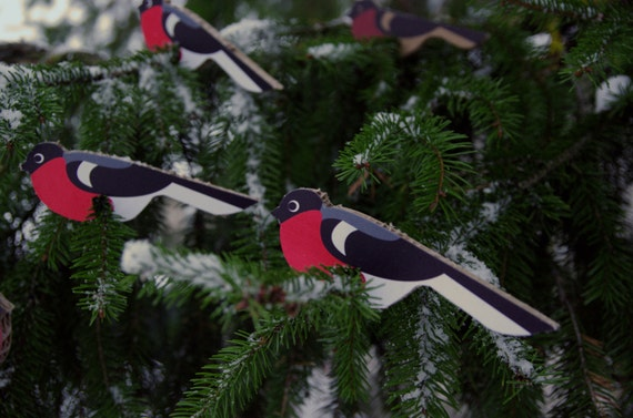 Set of 6 bird ornaments, laser cut cardboard Bullfinch decorations for Christmas Tree