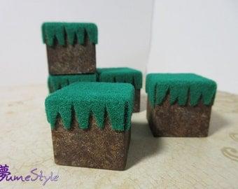 Grassy Ground Block Figure Stand