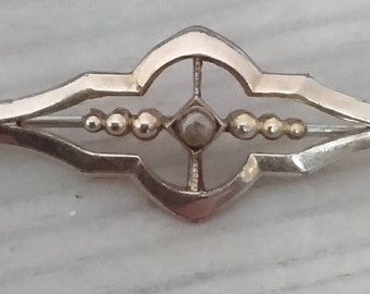 Vintage bar brooch
