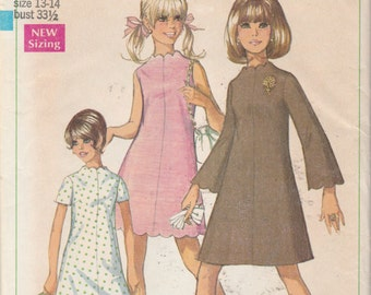 Simplicity 7938  Young Junior/ Teens' And Juniors' Dress in two lengths   Bust 33.5""