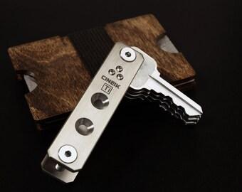 Titanium K-Addict Key Holder Minimalist Organizer CNC Metal Organizer (Titanium)