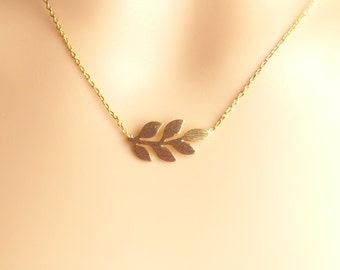 Leaf necklace,Olive branch Necklace,Dainty Necklace,pendant Necklace,wedding jewelry necklace,graduation gifts,Christmas present