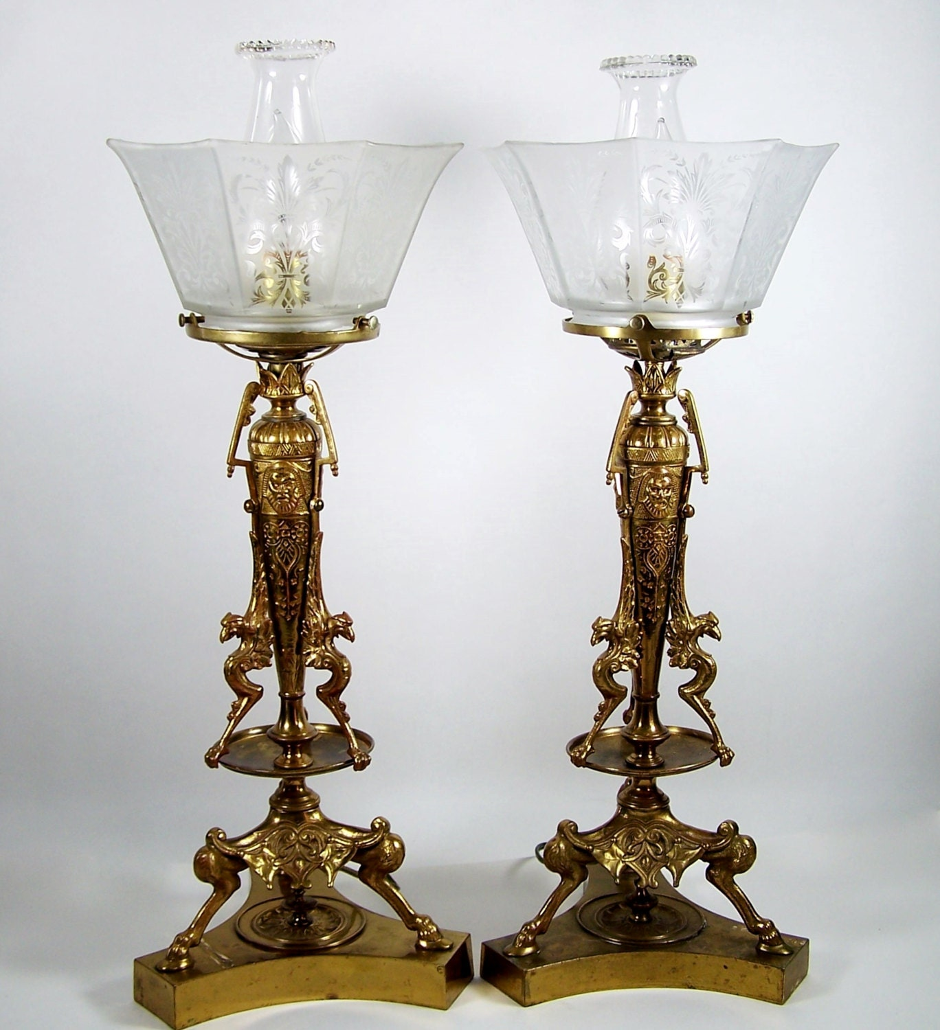 100 brass table lamp glass shade antique cast iron victoria
