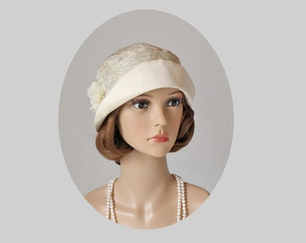 A simple and beautiful cloche hat in cream color, 1920s cloche hat, cream high tea hat, Downton Abbey hat, summer cloche hat, 20s hat