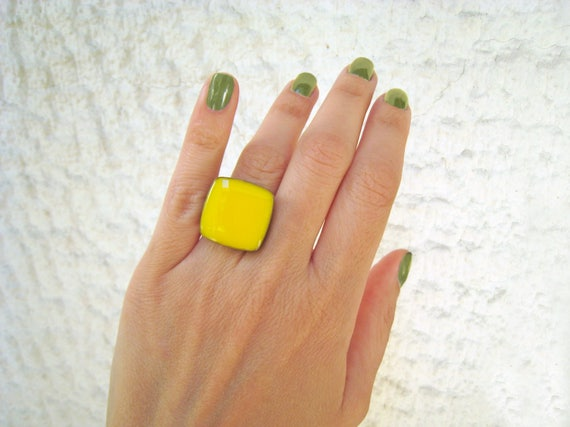 Yellow ring, lemon yellow statement ring, silver tone citrine canary yellow resin ring, modern minimalist jewelry color block summer jewelry