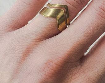 Chevron Bohemian Ring, Raw Brass Adjustable Ring, Midi Ring, Festival Accessories, Geometric Ring