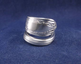 """FREE SHIPPING Silver Spoon Ring- 1939""""Lyric""""- Vintage Handmade-Spoon Jewelry size 7."""