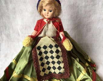 Vintage Norway Doll, Traditional Dress Doll, Storybook Copy, Unsigned, PK