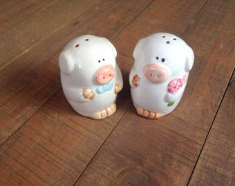 Mr. and Mrs. Pig Salt and Pepper Shakers, Pigs, Pig Salt and Pepper Shakers, Collectible Pigs, Pig Kitchen Decor