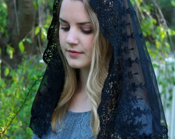 Evintage Veils~ NOT QUITE PERFECT Sale Black Lace French Chapel Veil Mantilla Head Covering Latin Mass