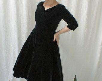 CLEARANCE 1950s Black Velvet Holiday Dress