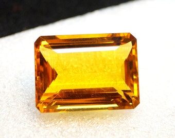 60% OFF - Huge 32 Carat Citrine Gemstone - Faceted Citrine Stone - Emerald Cut Citrine Gemstone - Hydro Gemstone 23x17x11 mm  (A00-249)