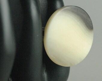 Vintage Cream Button Ring