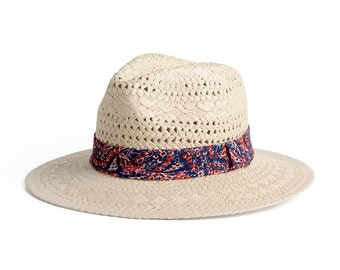 Wide Brim Fedora Raffia Hat , Chic Sun hats , Unisex straw hat with patterned band.