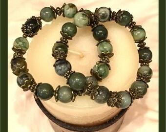 Green Agate Gemstone Stretch Bracelet, Stacked Bracelets, Beaded Bracelets, Gemstone Bracelet, Bronze Beaded Bracelet, Beaded Jewelry