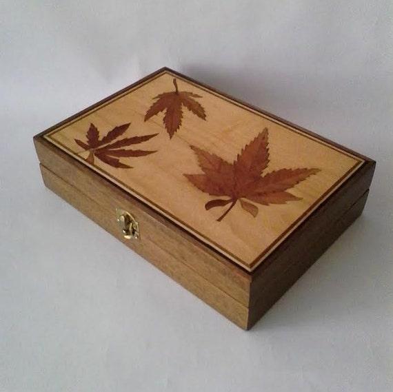 New!!! Handmade - Wooden Box - marijuana leafs