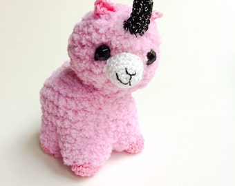 Crocheted Alpaca Toy, Alpacorn Plushie, Handmade Alpaca Toy, Alpaca Unicorn Plush