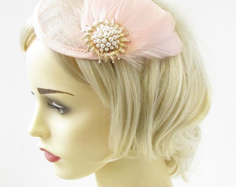 Blush Pink Gold Ivory Feather Fascinator Wedding Races Hair Clip Hat Vintage 974