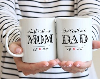 Mom and Dad Mugs, Pregnancy Reveal To Husband, Personalized Mug set, baby shower gift, Baby Announcement, Husband Gift, New Parents